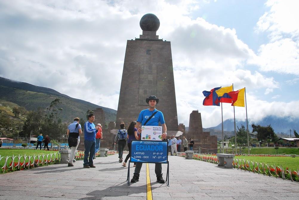 09. Monumentul Ecuatorului