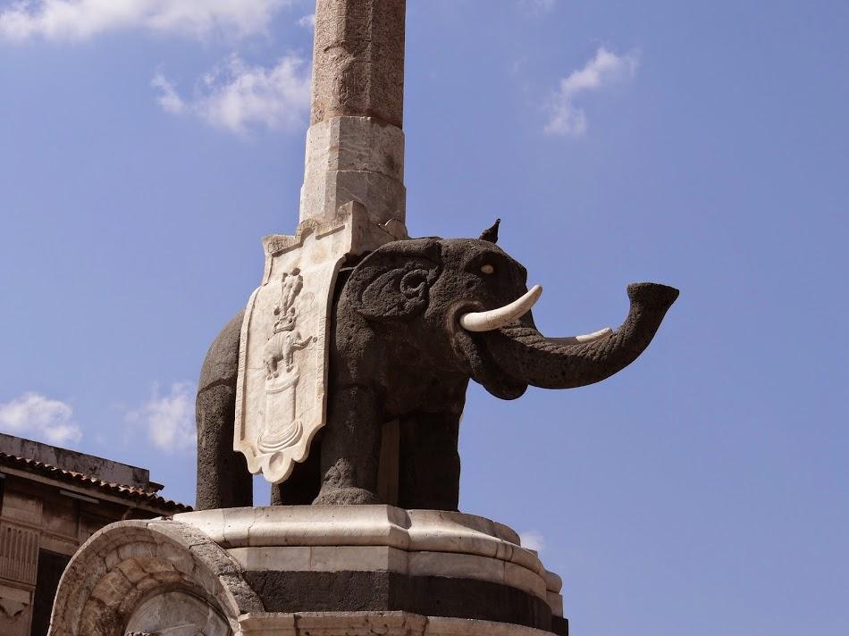 07. Elefantul de Catania