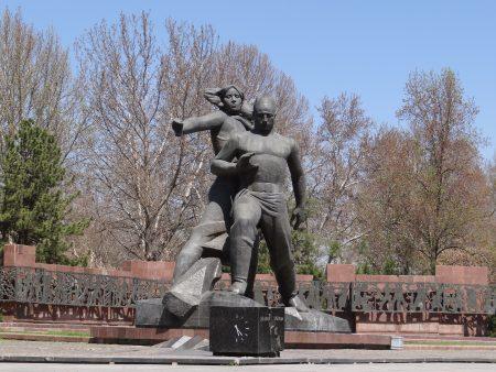 01. Monumentul cutremurului din Taskent