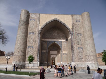 13. Moscheea Bibi Khanum