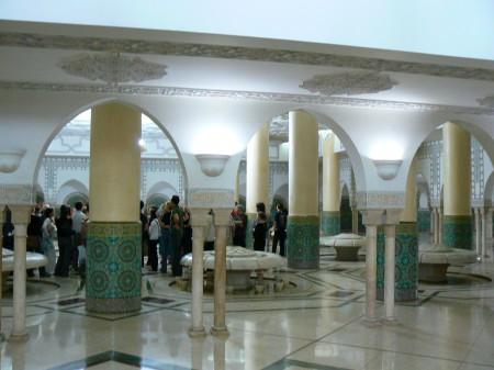 16. Spalator moscheea din Casablanca