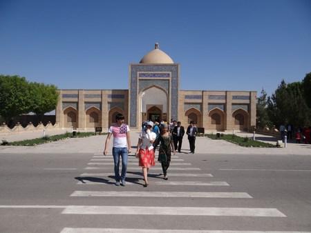 18. Mausoleul Bakhaut