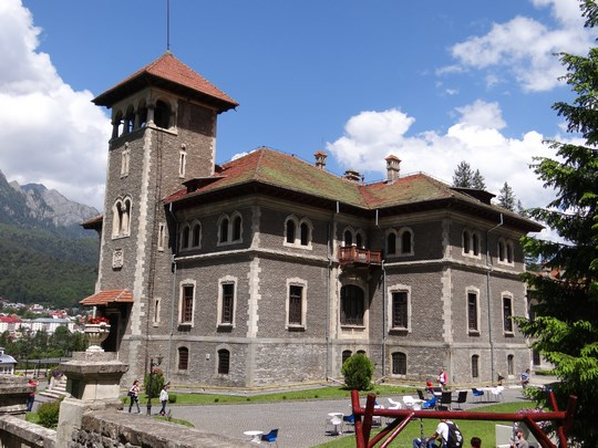 05. Castelul Cantacuzino - lateral
