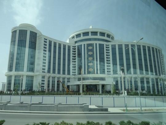 08. Cladire Asgabat