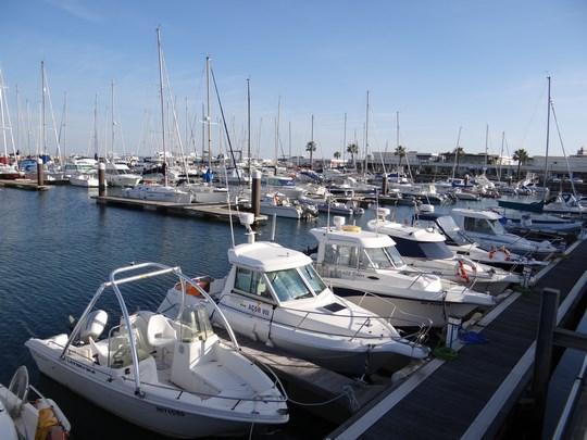 14. Port yahturi Cascais
