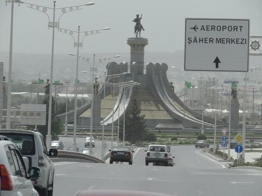 33. Monument Asghabat
