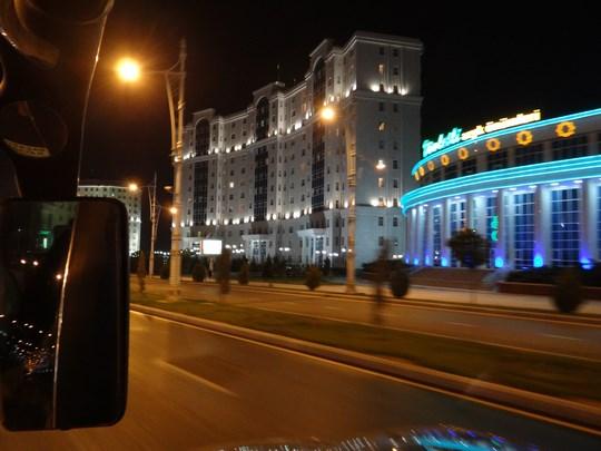 40. Bulevarde luminate