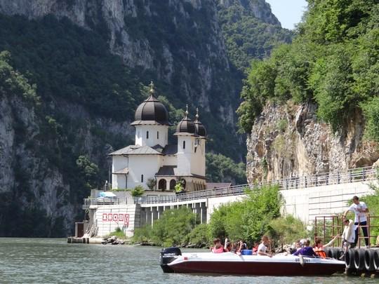 05. Manastirea Mraconia