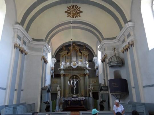 10. Biserica din Crit