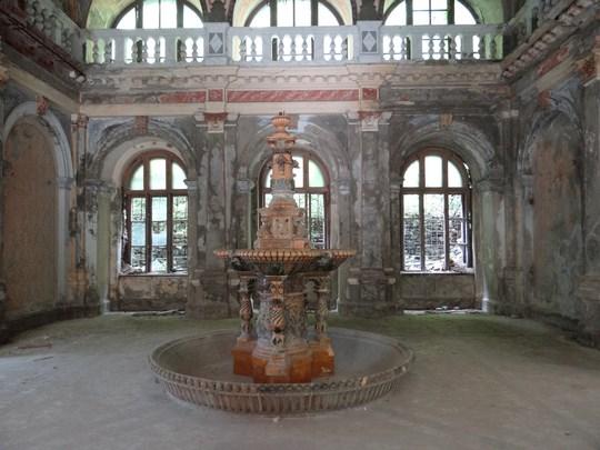 14. Interiorul Bailor austriece