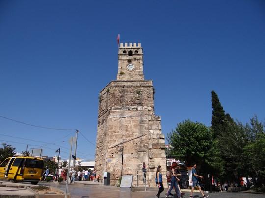 26, Turnul cu ceas