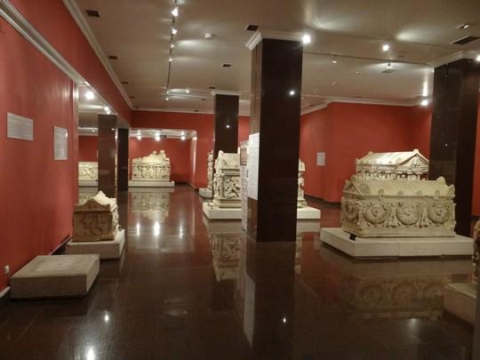 37. Sarcofage romane
