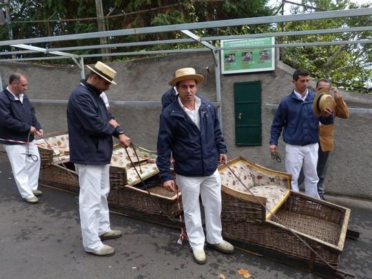 03. Tragatorii de sanie din Madeira