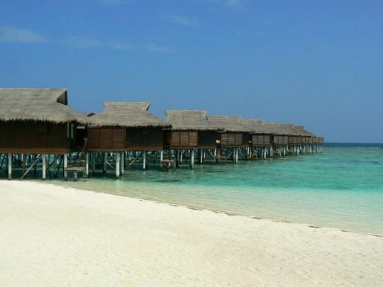 04. Cabana peste mare - Maldive