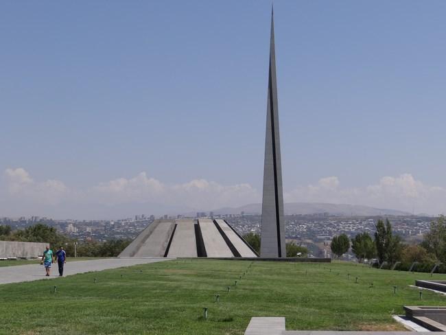 01. Mausoleul Genocidului Armean