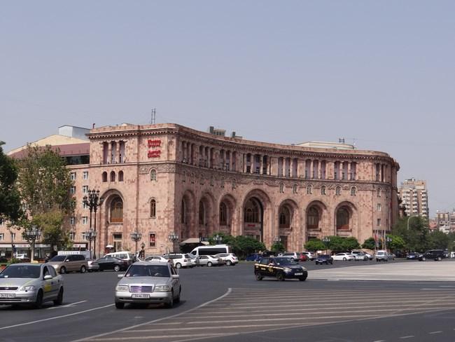 02. Hotel Mariott Erevan