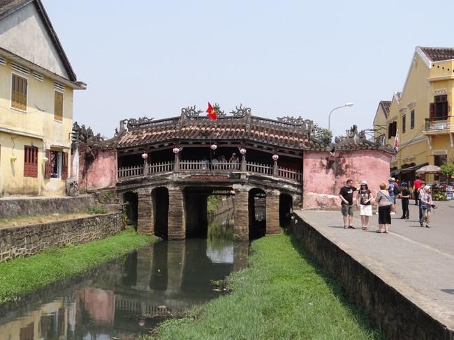 03. Podul japonez in Hoian, Vietnam