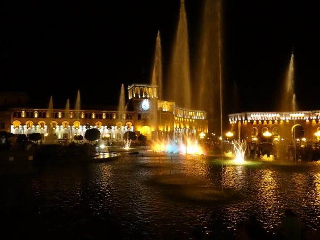 05. Night show in Erevan