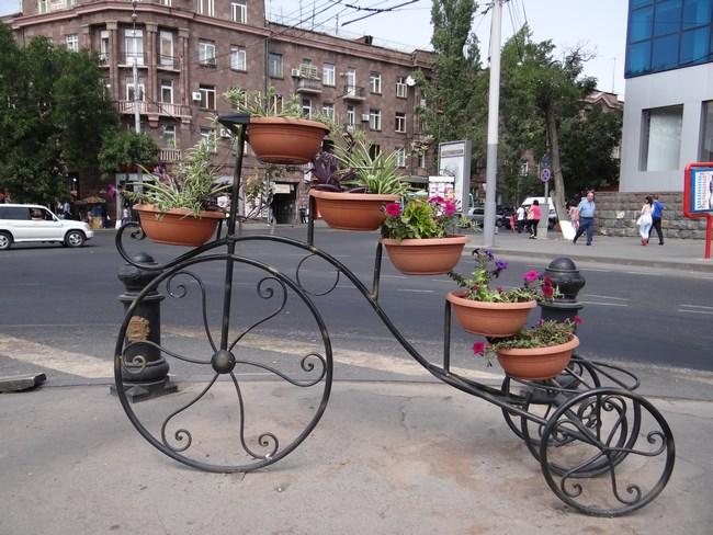 06. Flori in Erevan