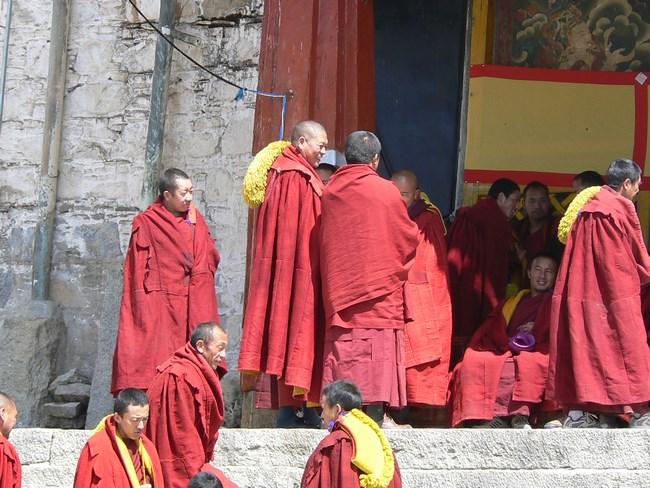 09, Calugari budisti