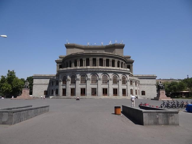 10. Opera din Erevan