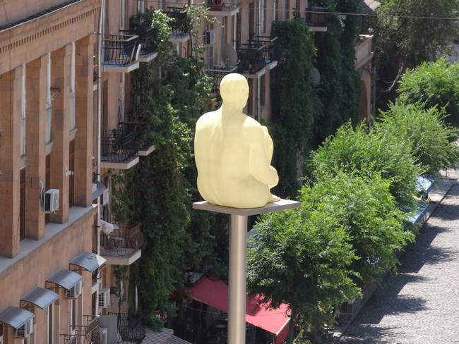 16. Statuie Cascade