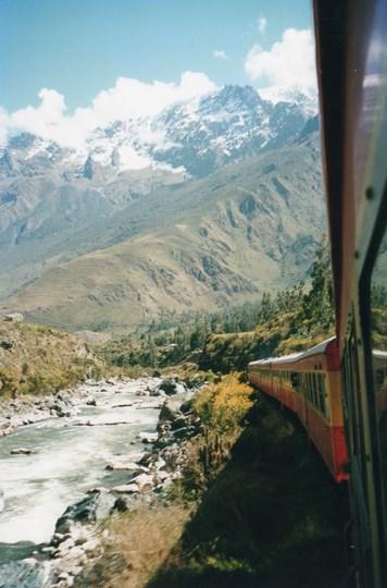 05. Cu trenul spre Macchu Picchu (Copy)