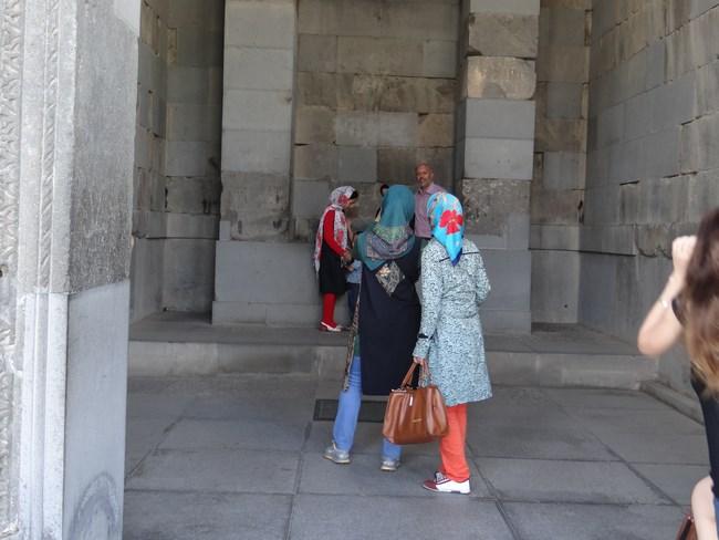 05. Turiste iranience