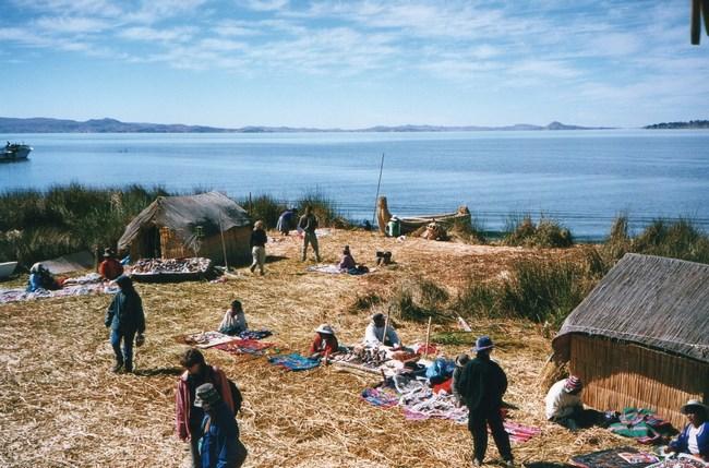 09. Insula plutitoare Uros