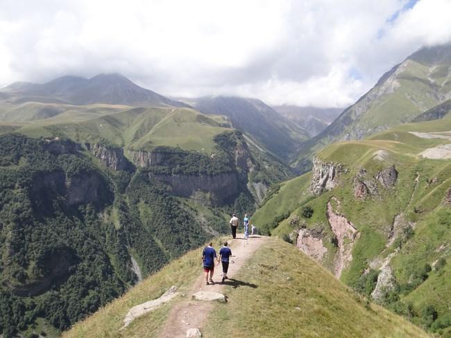 14. Caucaz