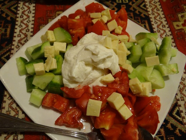 24. Salata Armenia