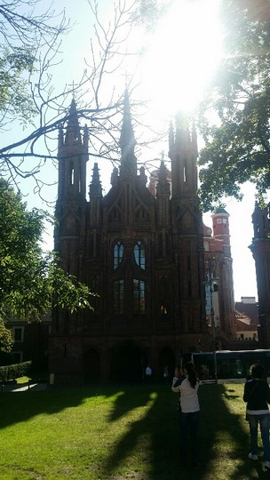 06. Biserica Sf. Anne