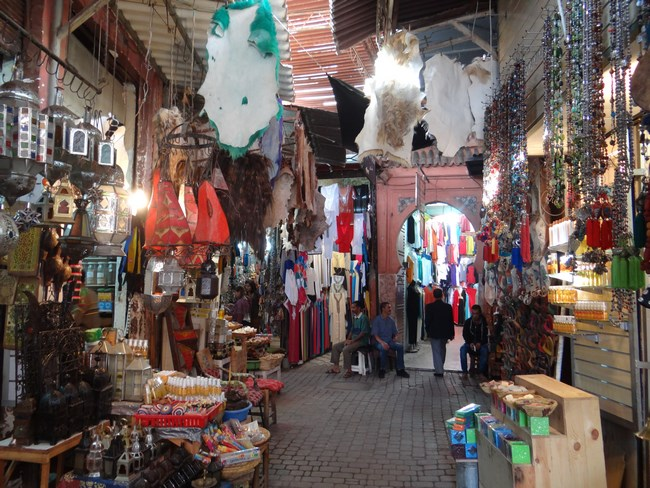 06. Prin Bazarul din Marrakech