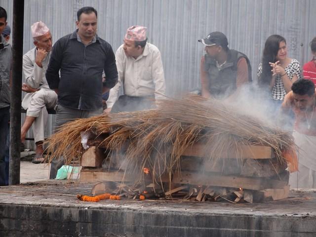 16. Incinerare Nepal