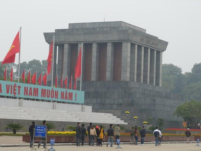 21. Mausoleul lui Ho Si Min