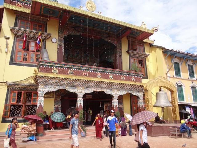 28. Templu budist tibetan