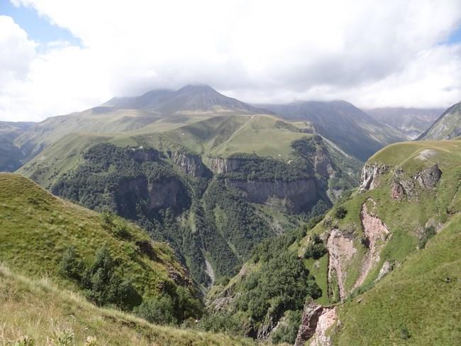 06. Caucaz