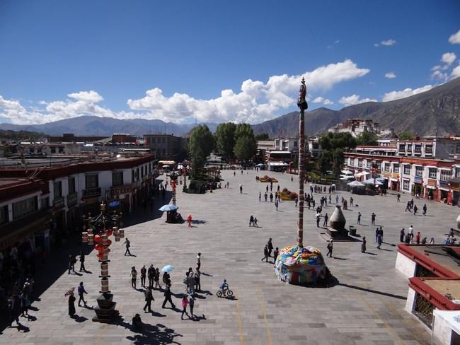 11. Piata Jokhang, Lhasa