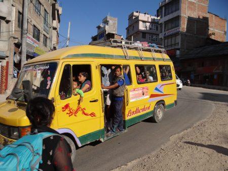 13. Transport in comun Kathmandu