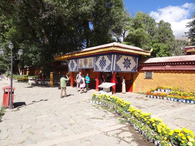 26. Parcul Norbulingka