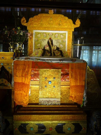 29. Tronul lui Dalai Lama