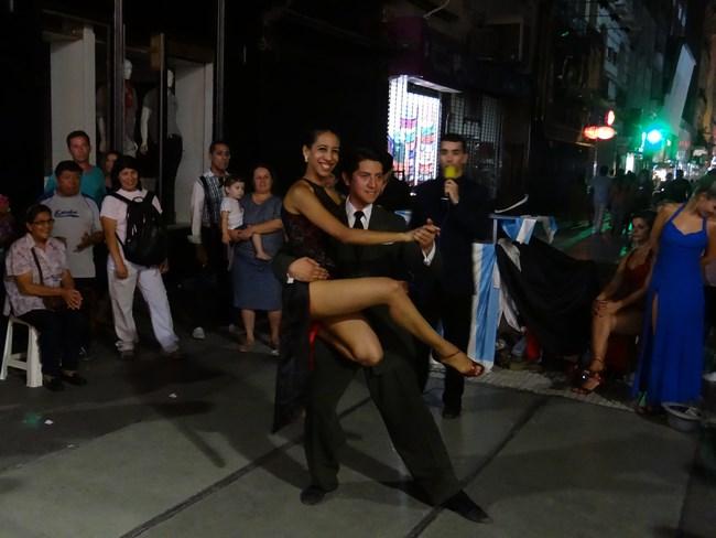 29. Tango stradal - Buenos Aires