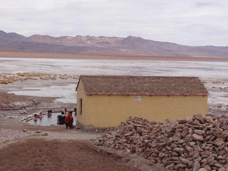 13. Izvoare fierbinti Bolivia