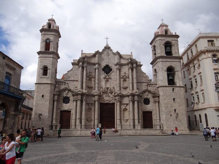 15. Catedrala Havana