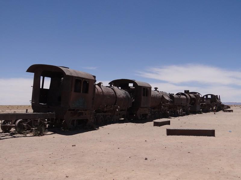 28. Cimitirul de trenuri