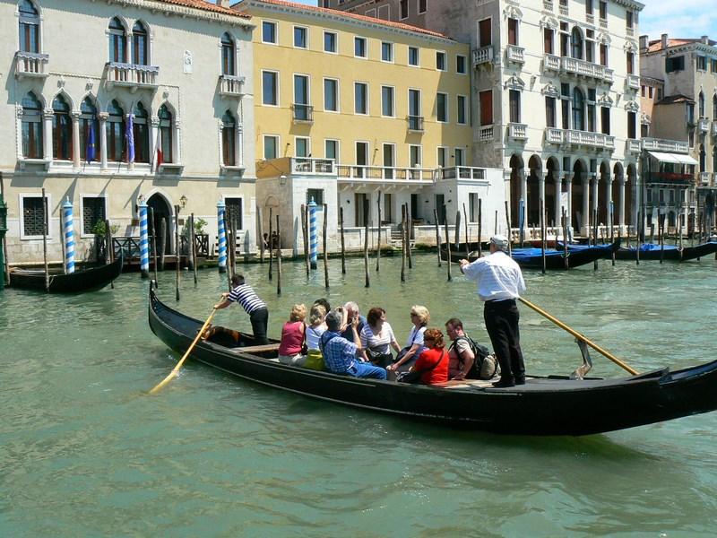 03. Traghetto Venetia
