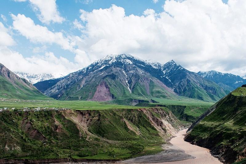 04. Tajikistan (Pamir Highway) (Copy)