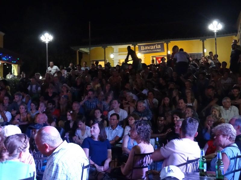 29. Spectatori Casa de la Musica