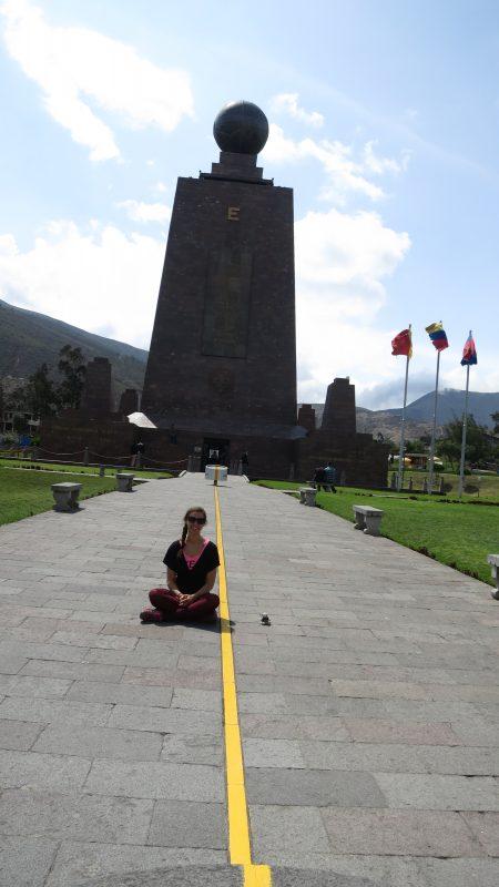 Cu Romie la Mijlocul Lumii - Quito - Ecuador