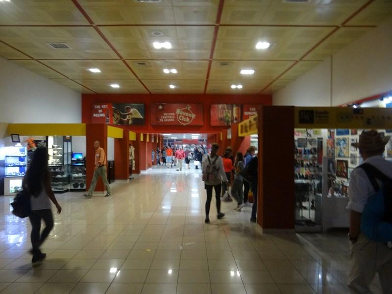 03. Aeroport Havana